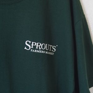SPROUTS FARMERS MARKET FOREST GREEN TEE